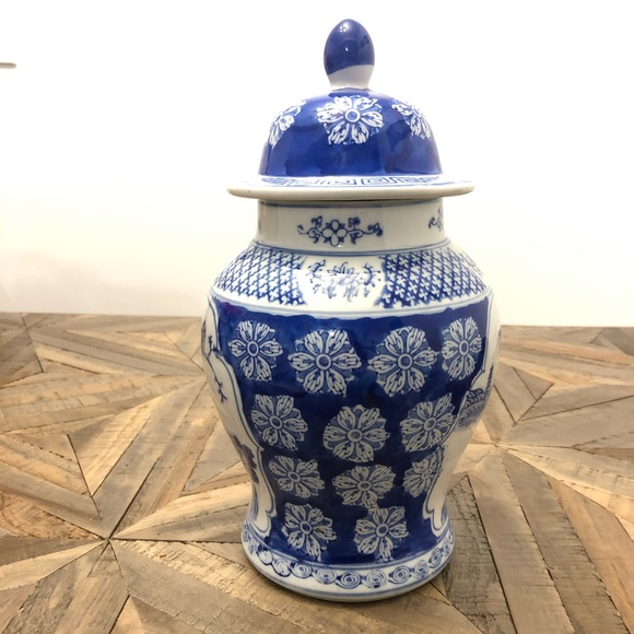 Large Chinoiserie Ginger Jar Blue White Pottery